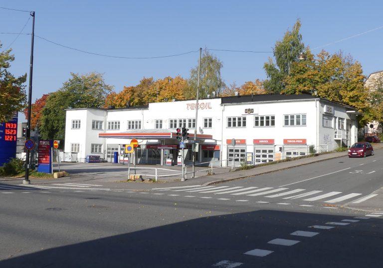 Read more about the article Teboilin funkkisrakennus katoamassa kaupunkikuvasta